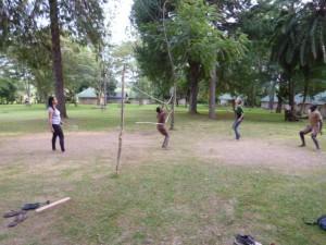 Badminton. Ich habe auch mitgespielt, aber das sieht man ja auf den Fotos, die ich selbst gemacht habe, nicht :)